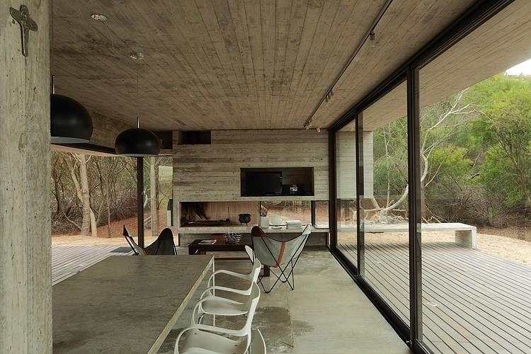 Carassale House by BAK Arquitectos 06