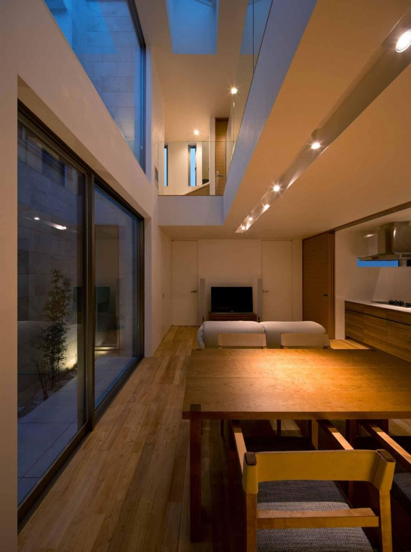 House of Corridor by Architect Show Co. 07