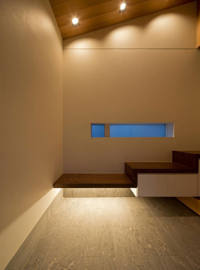 House of Corridor by Architect Show Co. 08