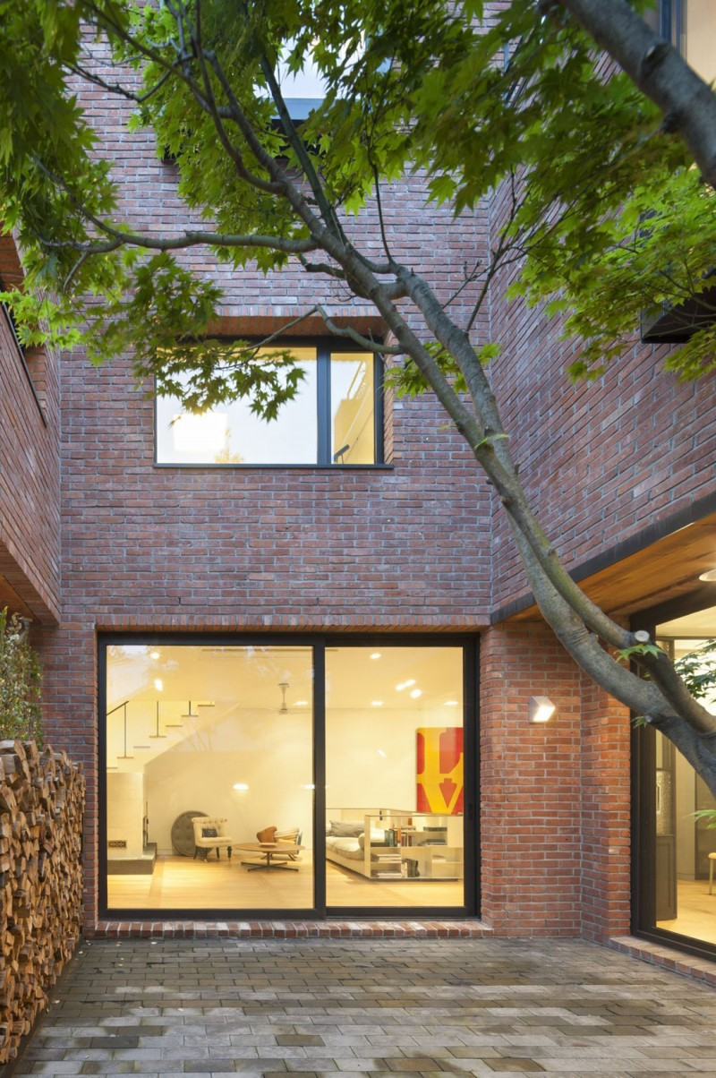 House in Hyojadong by Min Soh & Gusang Architectural Group & Kyoungtae Kim 16