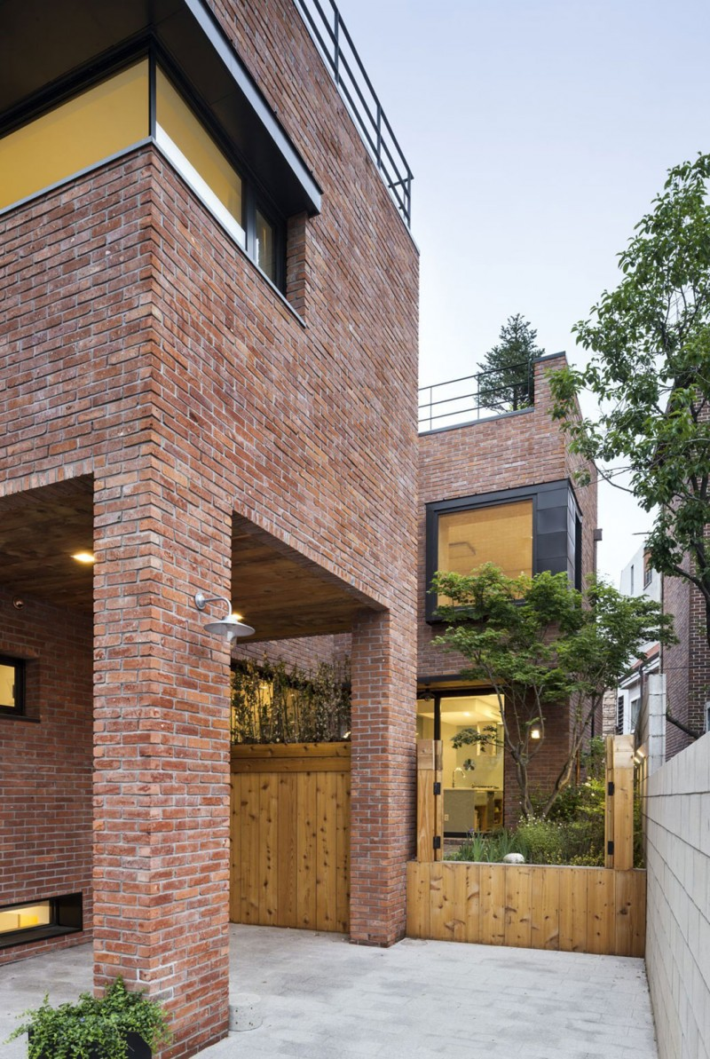 House in Hyojadong by Min Soh & Gusang Architectural Group & Kyoungtae Kim 18