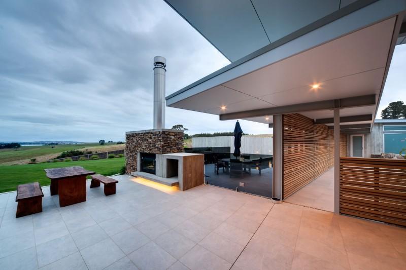 Okura House by Bossley Architects 04