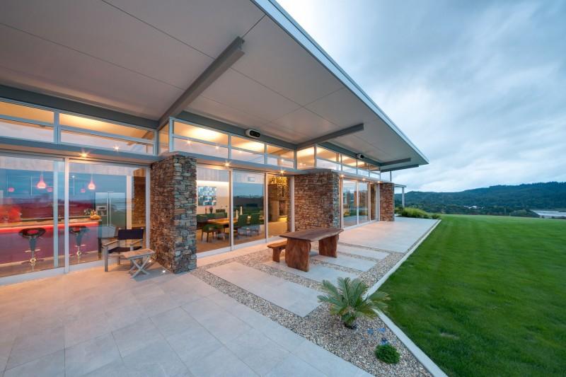Okura House by Bossley Architects 05
