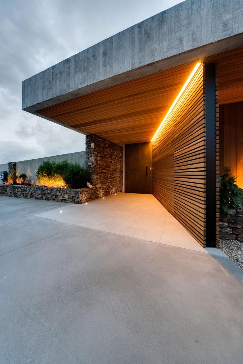 Okura House by Bossley Architects 08