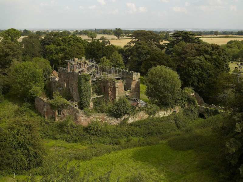Astley Castle by Witherford Watson Mann Architects 12