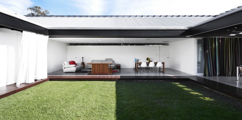 Bisley Place House by James Russell Architect 03