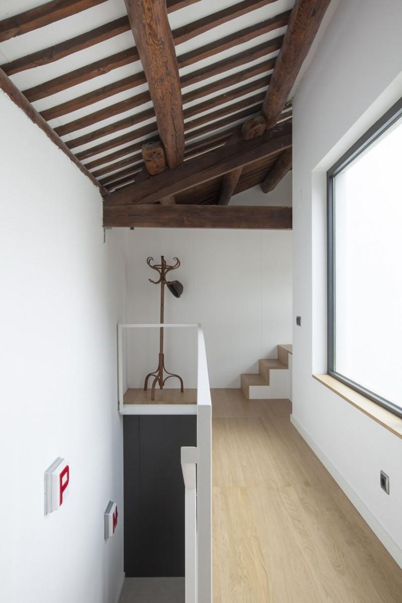 Casa OV by Costa Calsamiglia Arquitecte 05