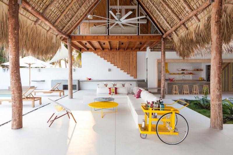 Costa Azul House by Cincopatasalgato Architecture 02