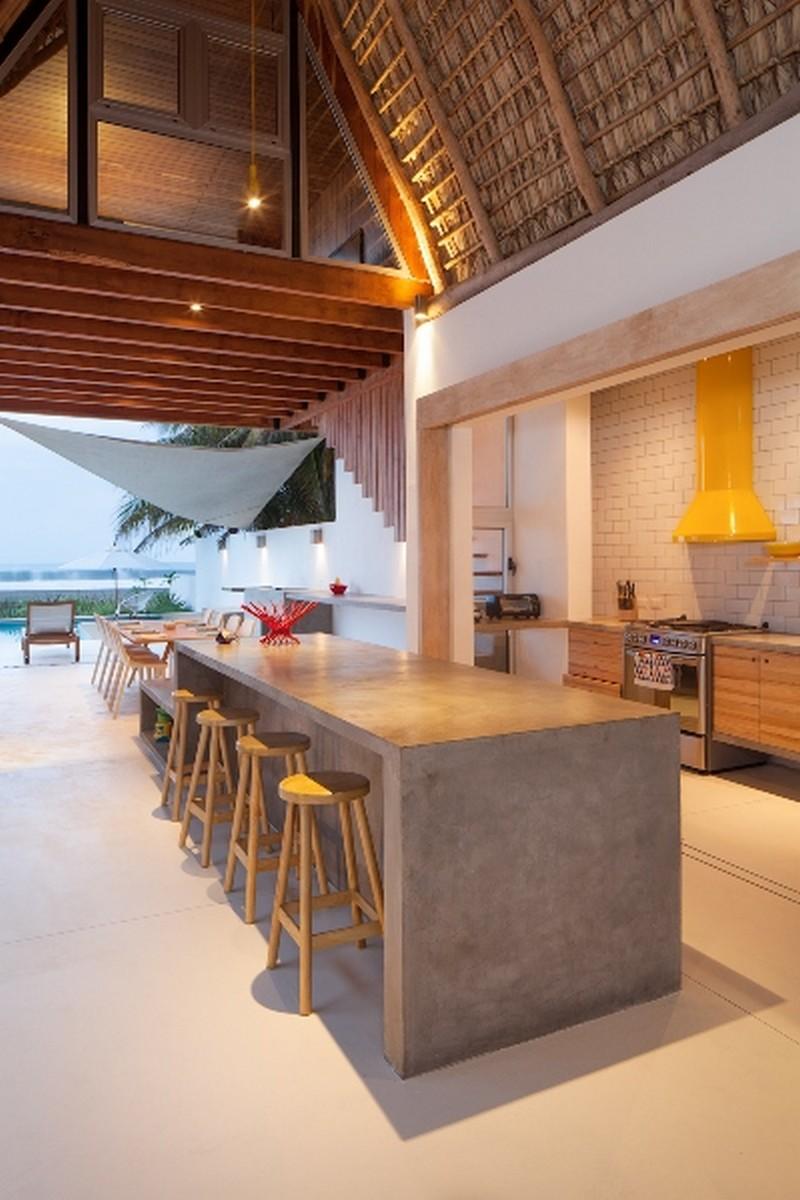 Costa Azul House by Cincopatasalgato Architecture 09