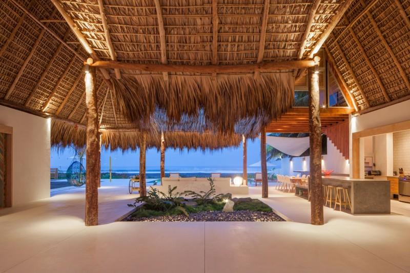 Costa Azul House by Cincopatasalgato Architecture 12