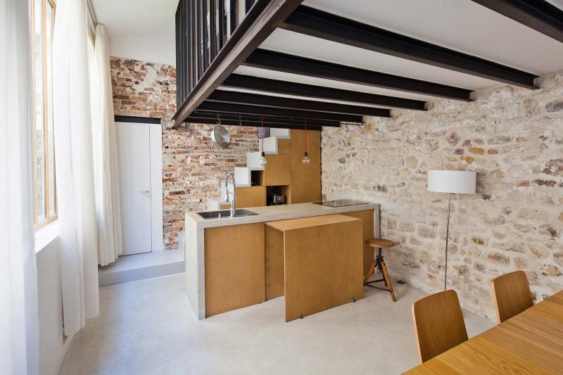 Transformation d un atelier en loft by nzi architectes