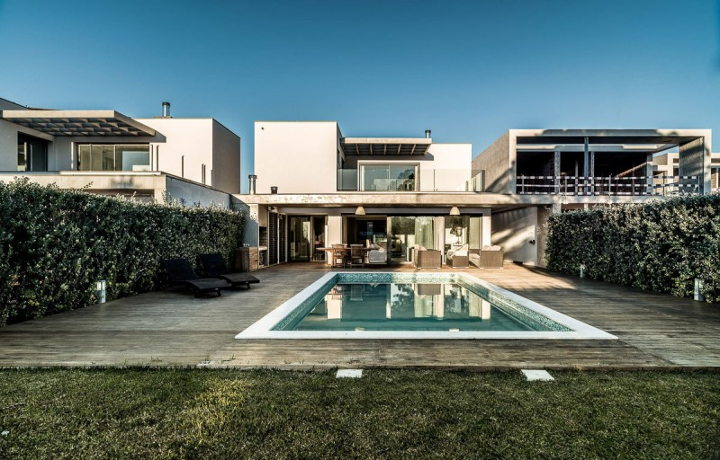 Vilamoura House by Groupo Dunaplana 01
