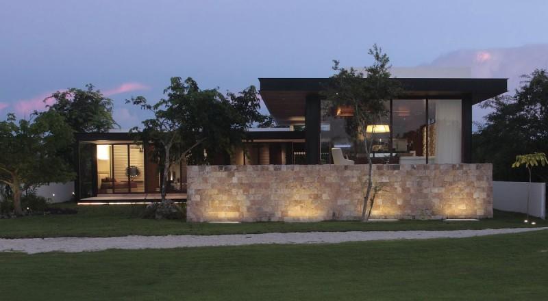 Casa Q by Augusto Quijano Arquitectos 12