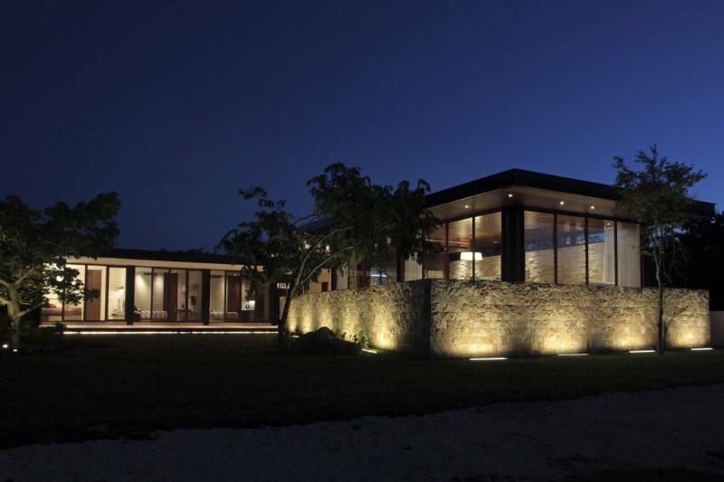 Casa Q by Augusto Quijano Arquitectos 13