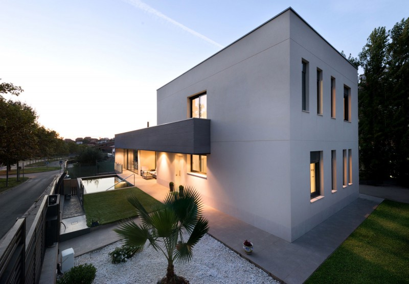 House in Rubí by BETA OFFICE ARCHITECTS 12