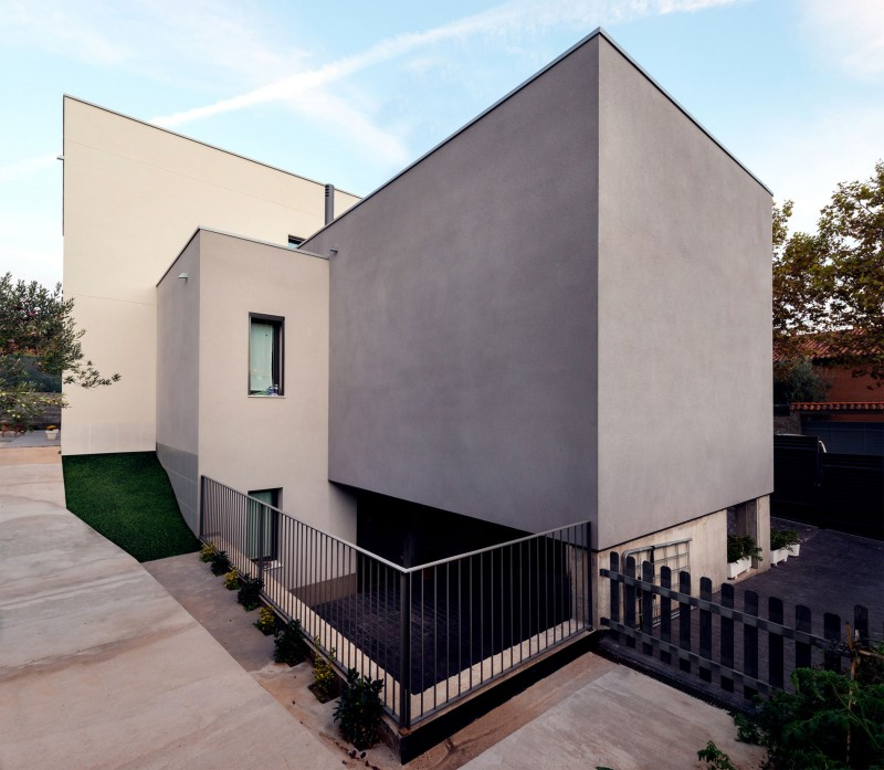 House in Rubí by BETA OFFICE ARCHITECTS 13