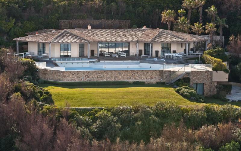Villa des Parcs 01