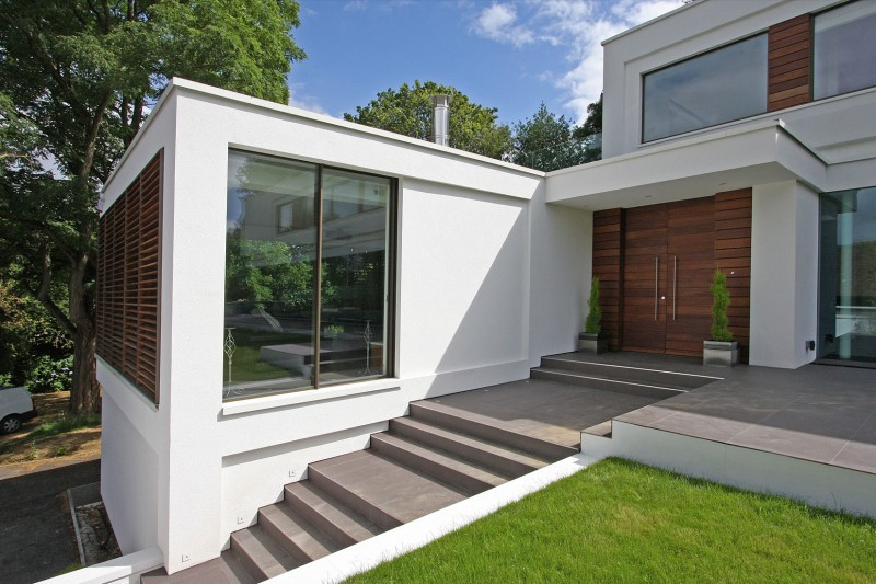 Oxted, contemporary home in Surrey, England 15