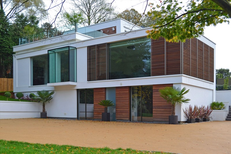 Oxted, contemporary home in Surrey, England 17