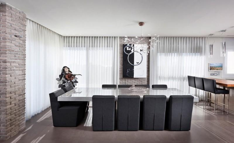Urban Apartment by Michal Schein 06