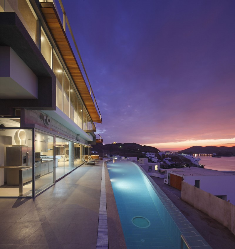 Veronica Beach House by Longhi Architects 02
