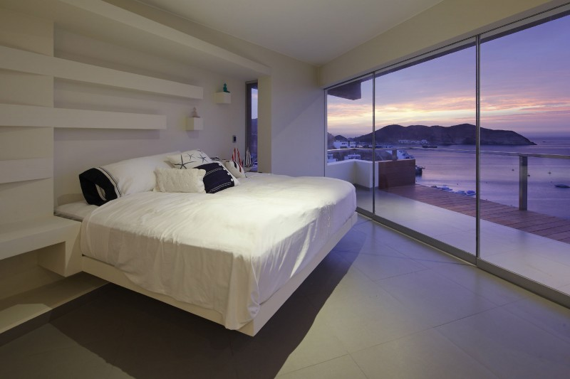 Veronica Beach House by Longhi Architects 13
