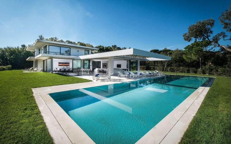 Villa St Tropez 01