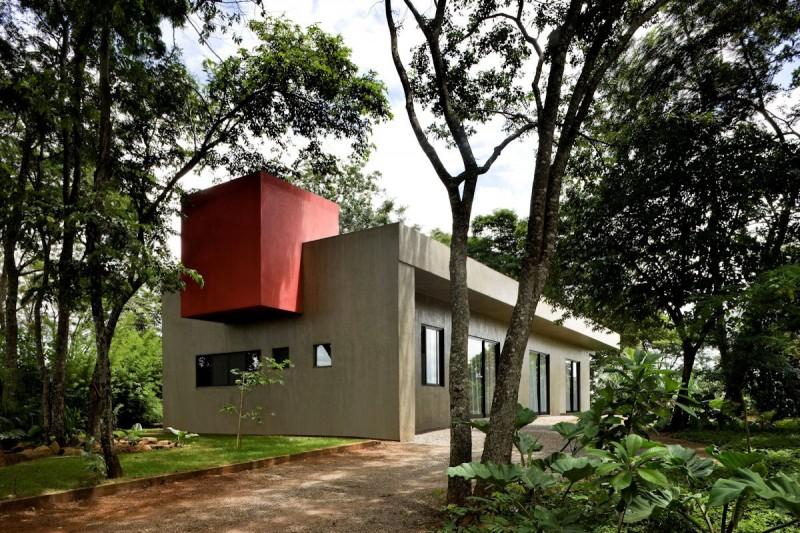 Casa Da Caixa Vermelha by Leo Romano 12