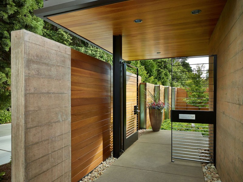 Courtyard House by DeForest Architects 10