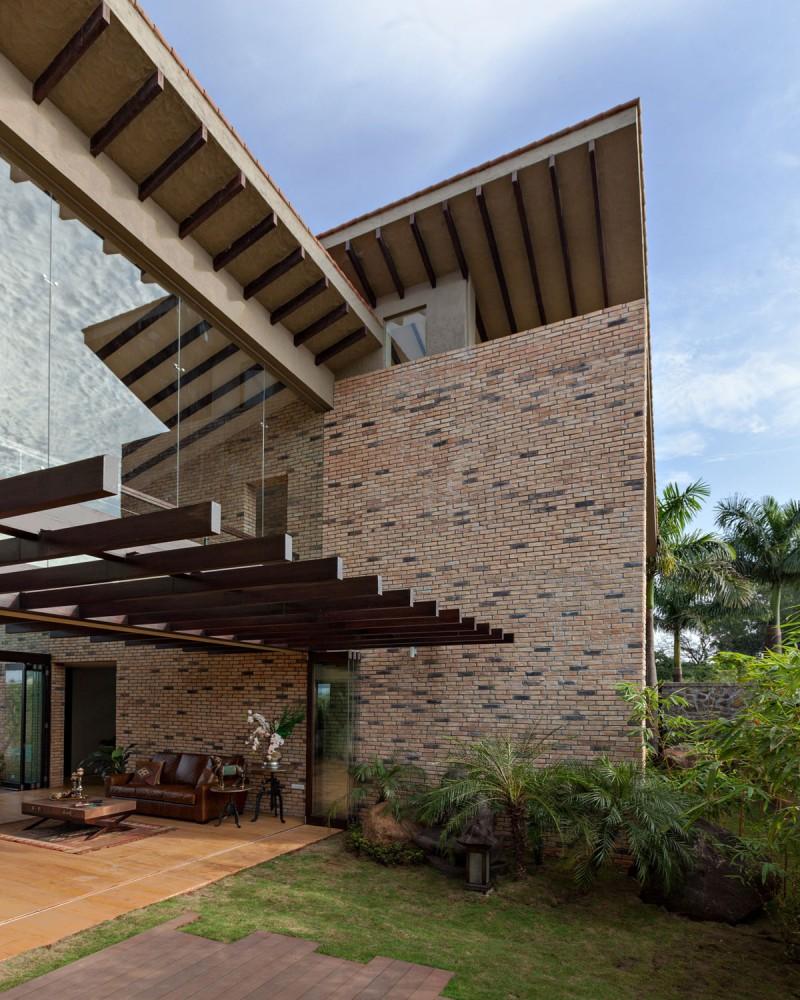 Monsoon Retreat by Abraham John ARCHITECTS 12