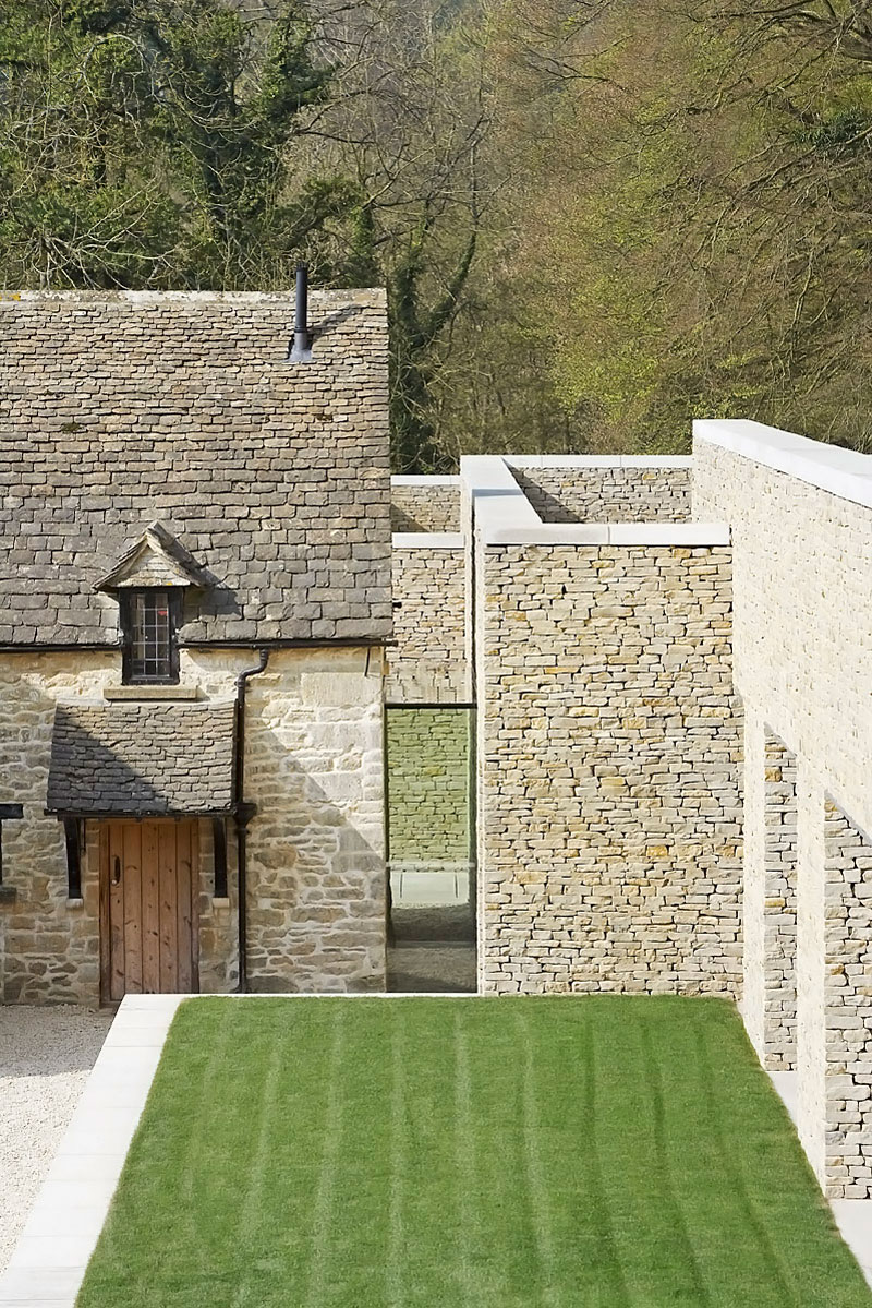 Private House in Cotswolds by Found Associates 05