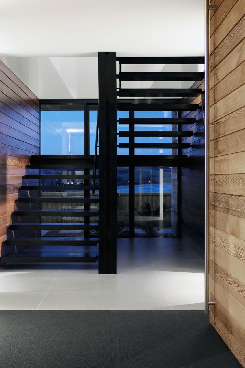 Lamble Residence by Smart Design Studio 13