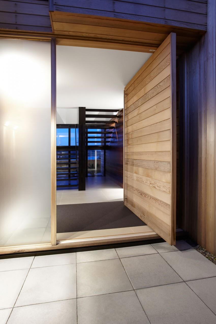 Lamble Residence by Smart Design Studio 14