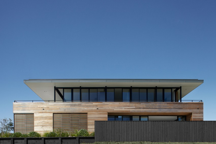 Lamble Residence by Smart Design Studio 17