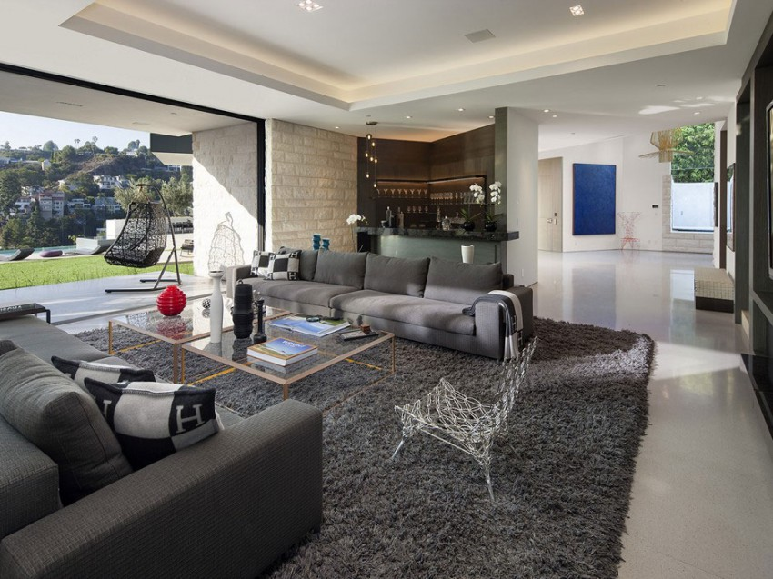 Contemporary architectural house on Sunset Strip 03