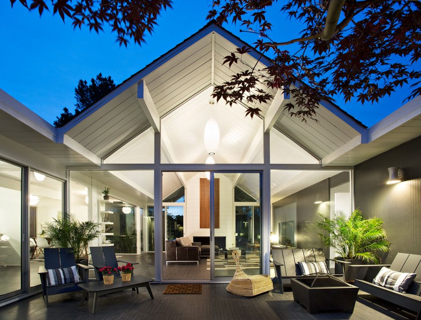 Double Gable Eichler Remodel by Klopf Architecture 01
