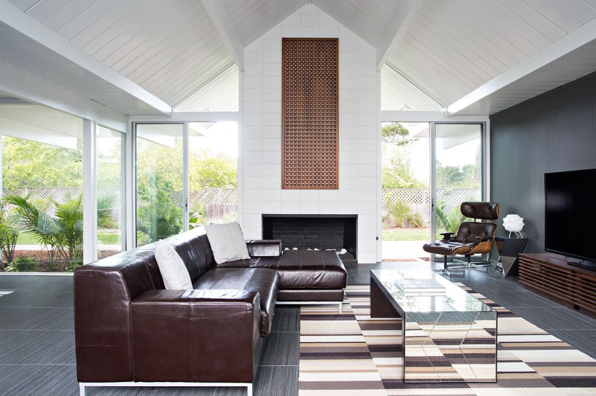 Double Gable Eichler Remodel by Klopf Architecture 04