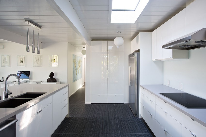 Double Gable Eichler Remodel by Klopf Architecture 08
