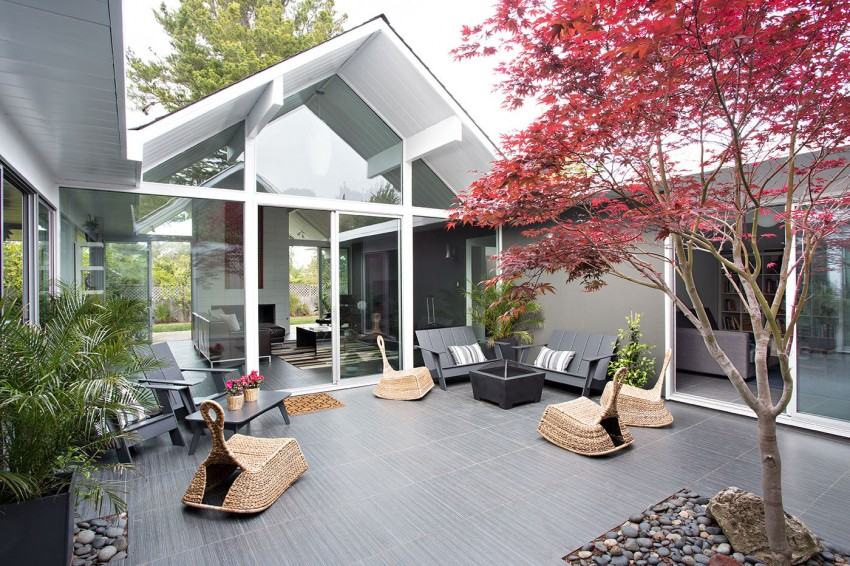 Double Gable Eichler Remodel by Klopf Architecture 18