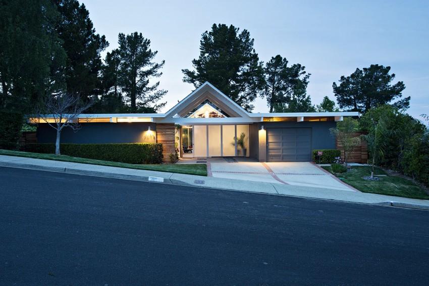 Double Gable Eichler Remodel by Klopf Architecture - MyHouseIdea