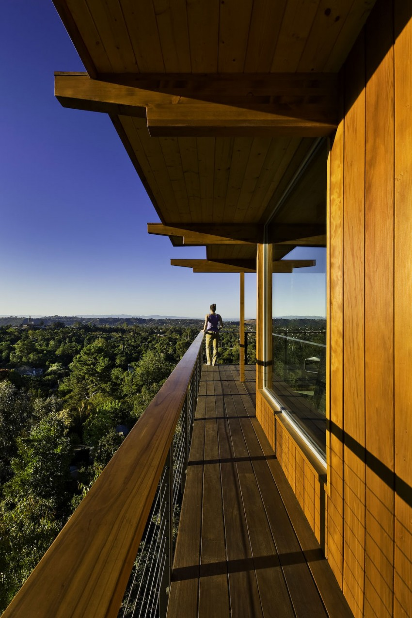 Mid-Century Modern Residence by AB design studio 13