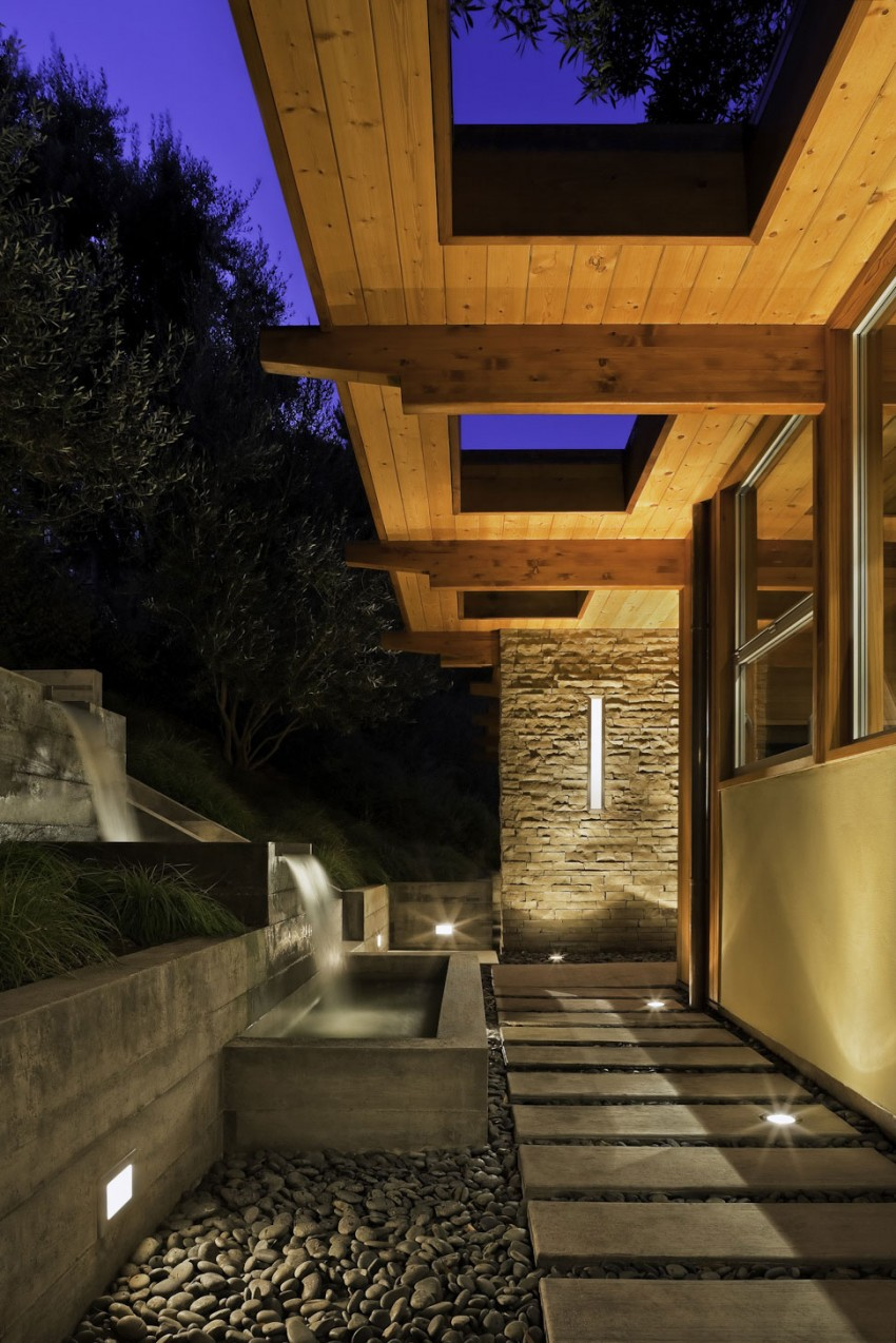 Mid-Century Modern Residence by AB design studio 15