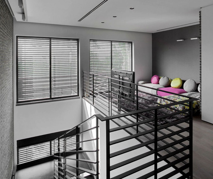 Ramat Hasharon House 10 by Pitsou Kedem Architects 11