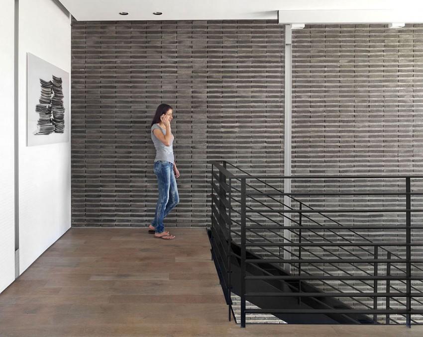 Ramat Hasharon House 10 by Pitsou Kedem Architects 12
