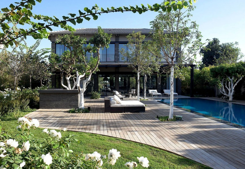 Ramat Hasharon House 10 by Pitsou Kedem Architects 18