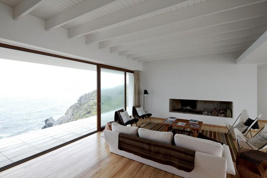 Tunquen House by Nicolás Lipthay Allen  L2C 03