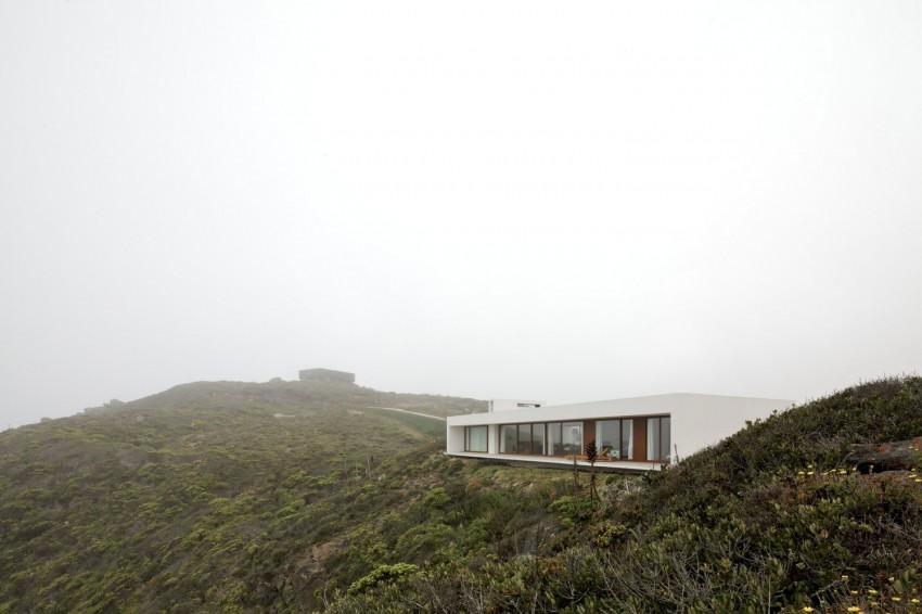 Tunquen House by Nicolás Lipthay Allen  L2C 14