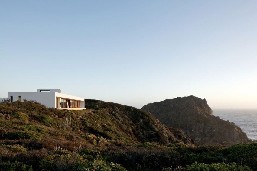 Tunquen House by Nicolás Lipthay Allen  L2C 18