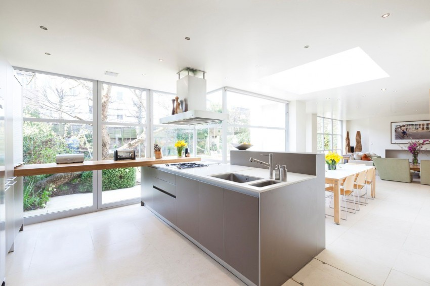Clarendon Road by David Furze of The Holland Park Studio 01