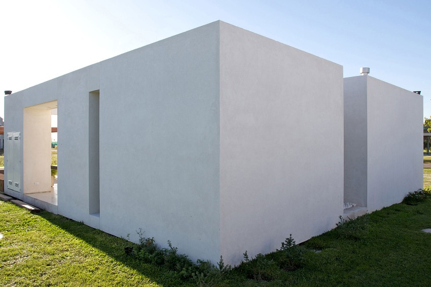 DT Puerto Roldán House by VismaraCorsi Arquitectos 15